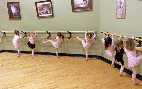 Preschoolers on the barre